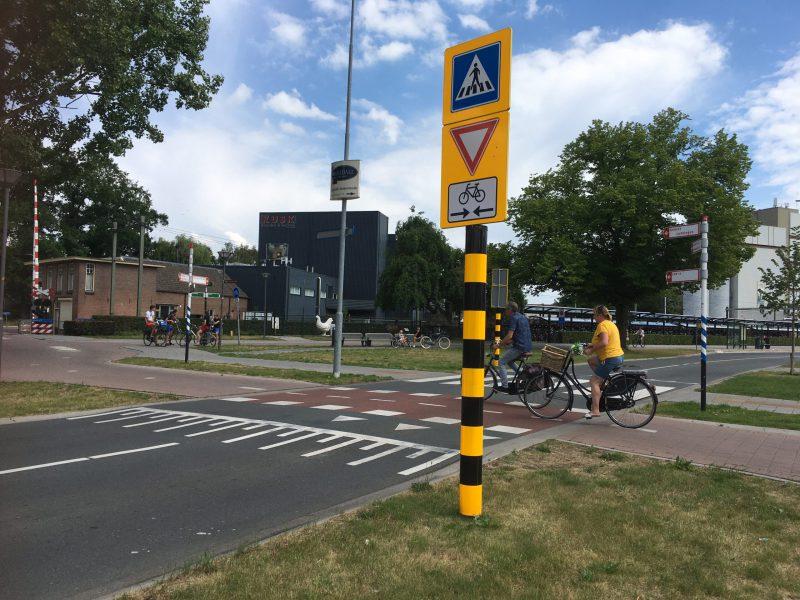 Barneveld_Vorfahrt für Radfahrer